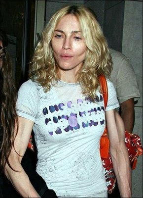 Celebrities_Without_Makeup_12